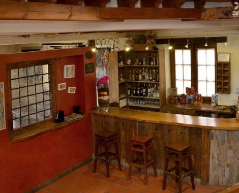 la-lecheria-hotel-bar